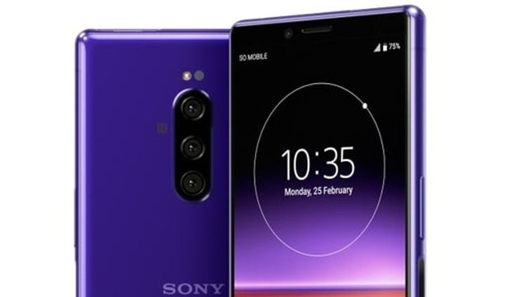 Sony Xperia 4 is on the move